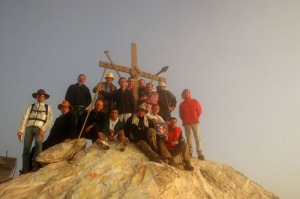Planinarsko društvo ''Kalafat'' iz Niša na vrhu Atosa